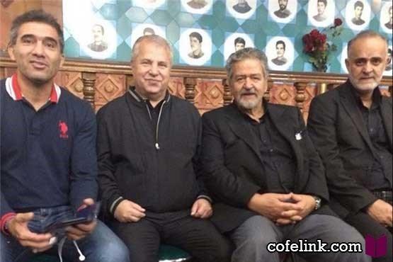 علی پروین و احمدرضا عابدزاده در مراسم عزاداری