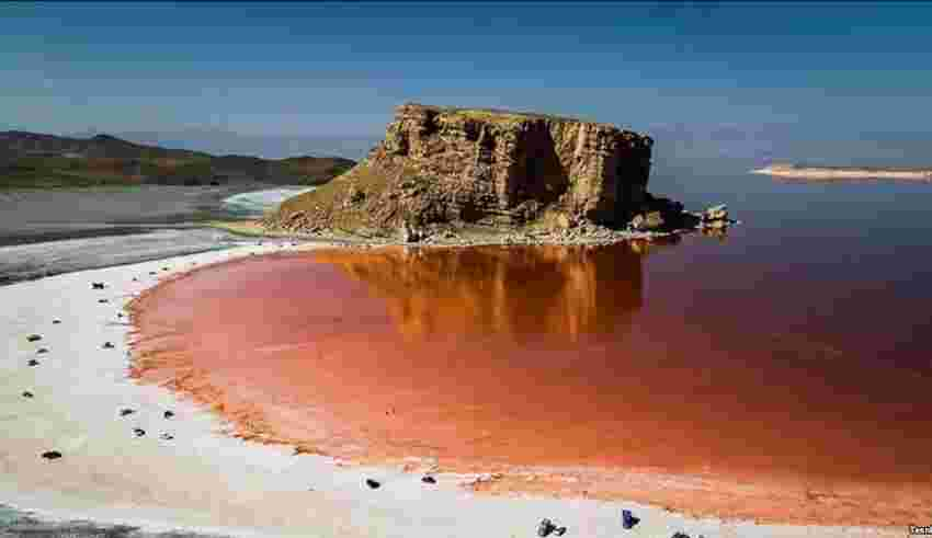 دریاچه ارومیه - کافه لینک