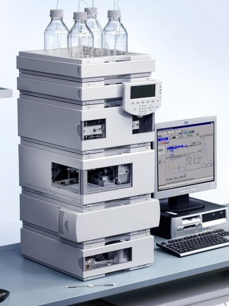 دستگاه HPLC و PCR